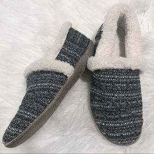 Toms Tweed House Slippers EUC